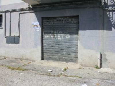 Magazzino/locale commerciale in zona centralissima
