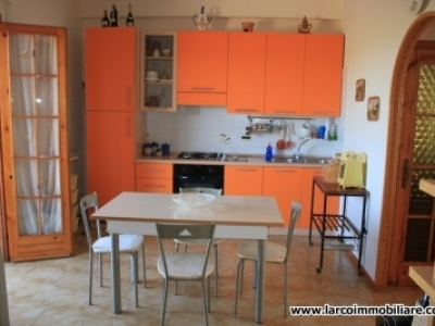 First floor two-bedroom apartment at just 400 meters to the beach
