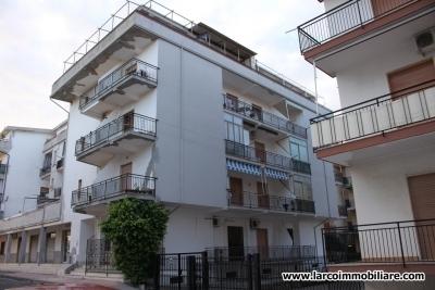 Appartamento residenziale al secondo piano in zona centralissima