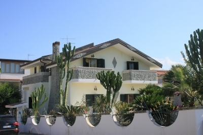 Independent property with garden at 100 mt to the beach